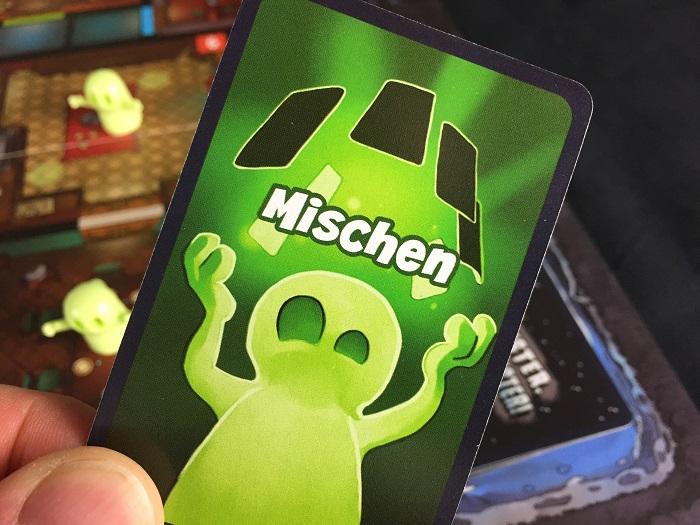 Spieletipp: Geister, Geister, Schatzsuchmeister von Mattel, Mischen-Karte