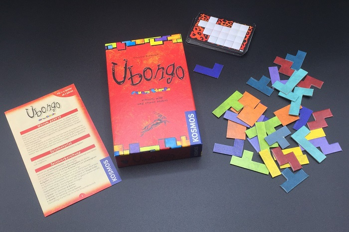 """Spieletipp: """"Ubongo"""" von Kosmos, Schachtel und Material"""